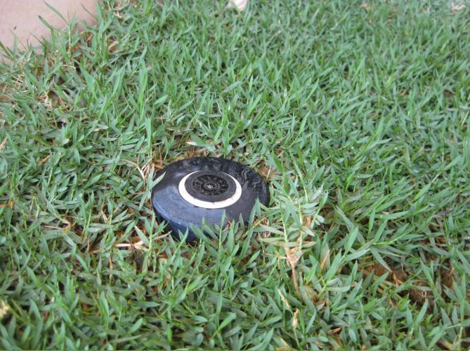 hydromate automatic lawn sprinkler system. Black Bedroom Furniture Sets. Home Design Ideas